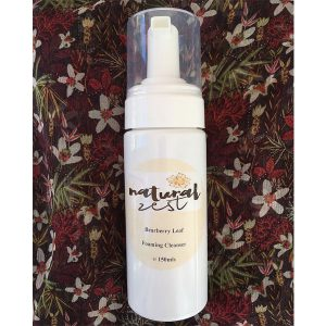 Bearberry leaf foaming cleanser